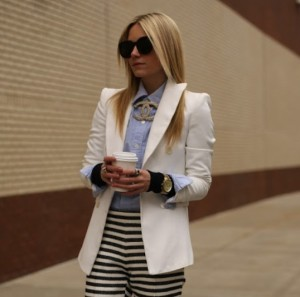 blazer branco e broche chanel_23out13